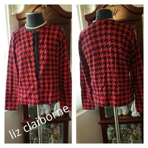 Liz Claibirne Sweater size M red and black